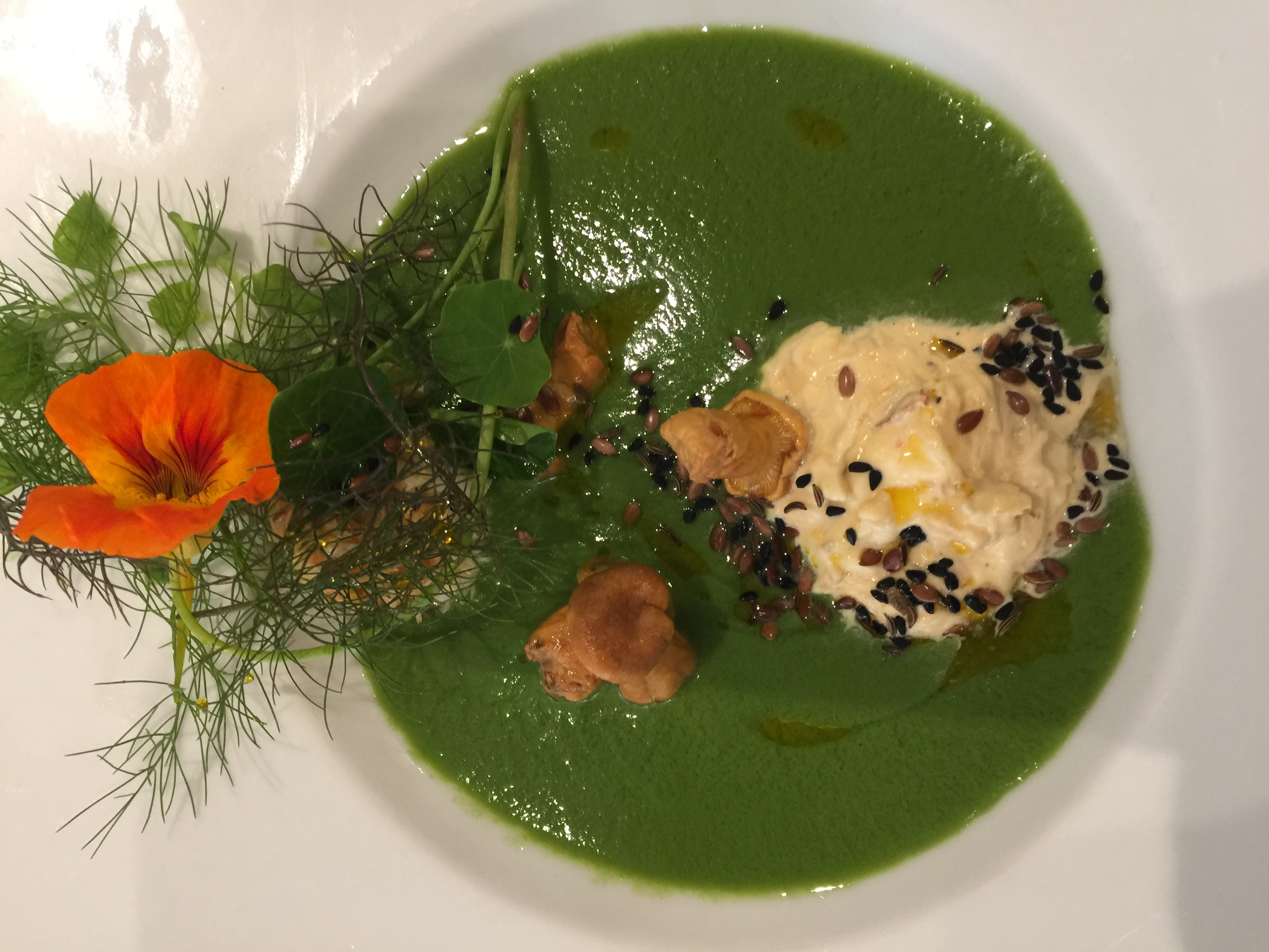 Chilled Pea & Crab Soup